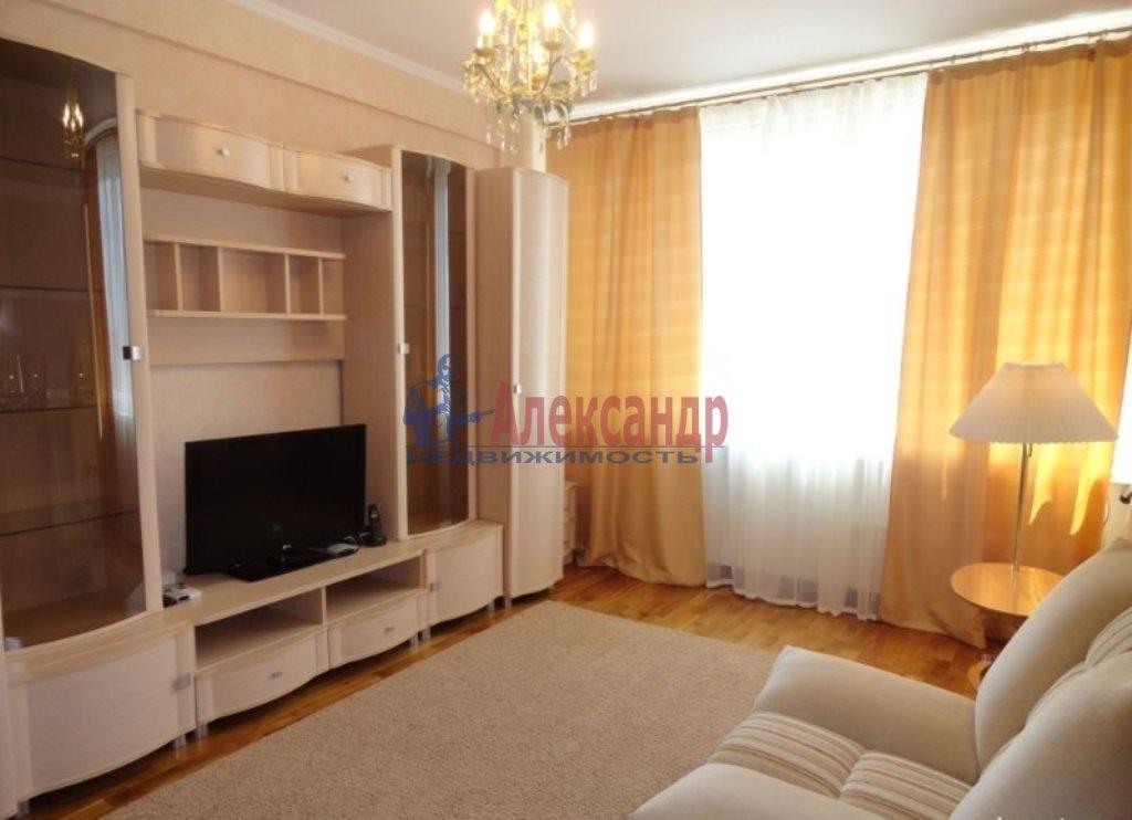 1-комнатная квартира (42м2) в аренду по адресу Русановская ул., 9— фото 1 из 4