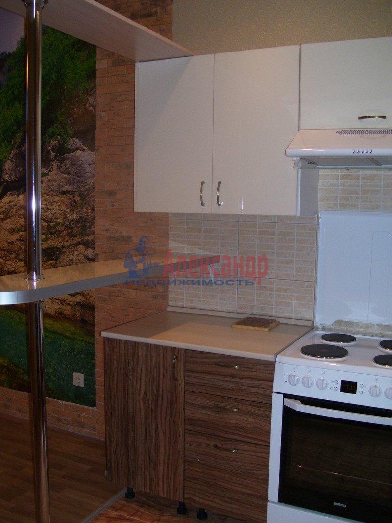 1-комнатная квартира (35м2) в аренду по адресу Васенко ул., 5— фото 1 из 5