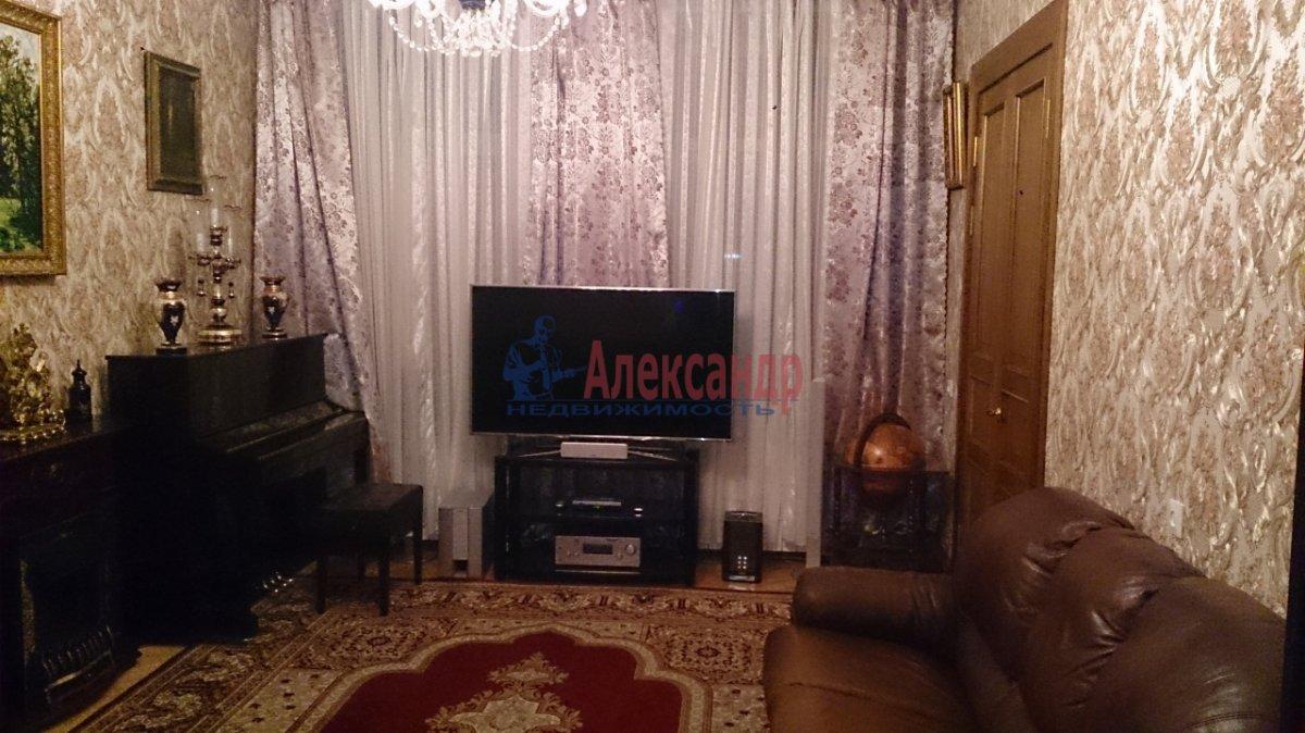 3-комнатная квартира (85м2) в аренду по адресу Съезжинская ул., 27— фото 1 из 4