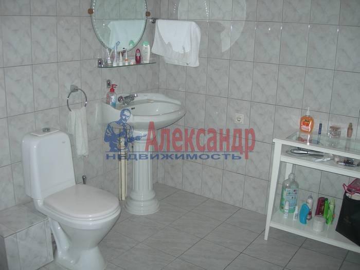 3-комнатная квартира (100м2) в аренду по адресу Союза Печатников ул., 18— фото 8 из 10
