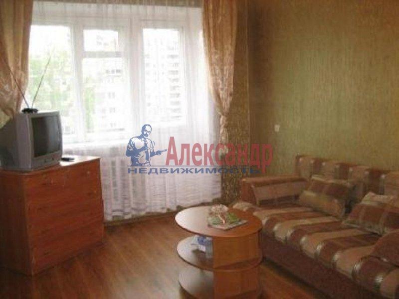 2-комнатная квартира (44м2) в аренду по адресу Двинская ул., 16— фото 3 из 4