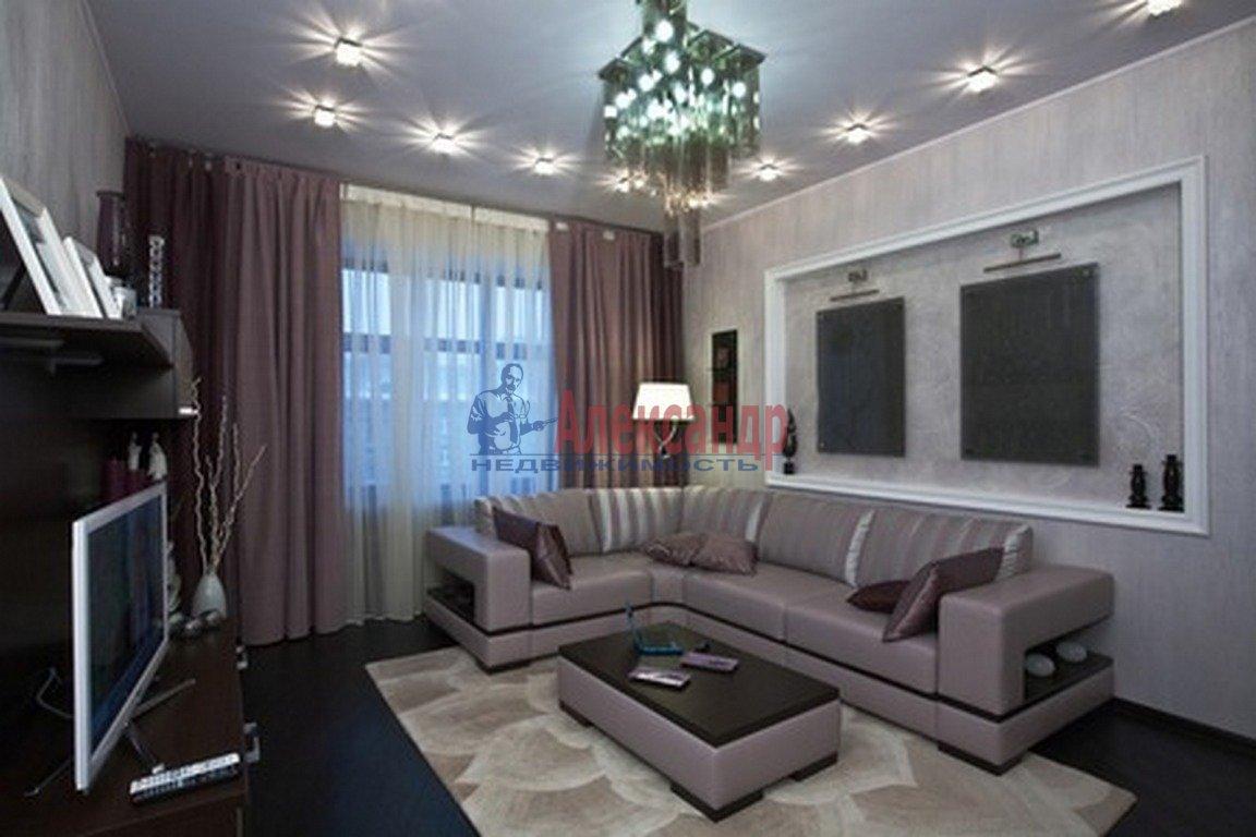 2-комнатная квартира (83м2) в аренду по адресу Пионерская ул., 50— фото 1 из 4