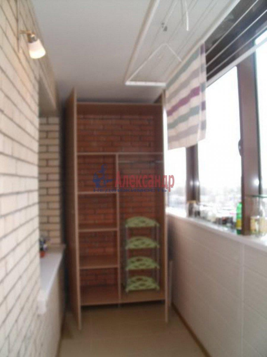 3-комнатная квартира (96м2) в аренду по адресу Бутлерова ул., 40— фото 6 из 11