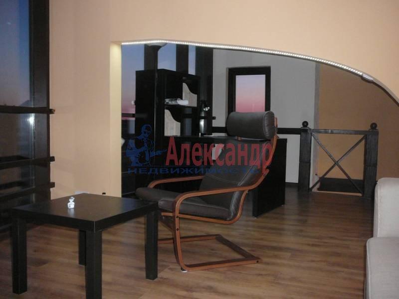 3-комнатная квартира (110м2) в аренду по адресу Савушкина ул.— фото 1 из 6