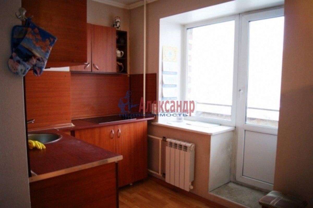 1-комнатная квартира (38м2) в аренду по адресу Сиреневый бул., 20— фото 2 из 3