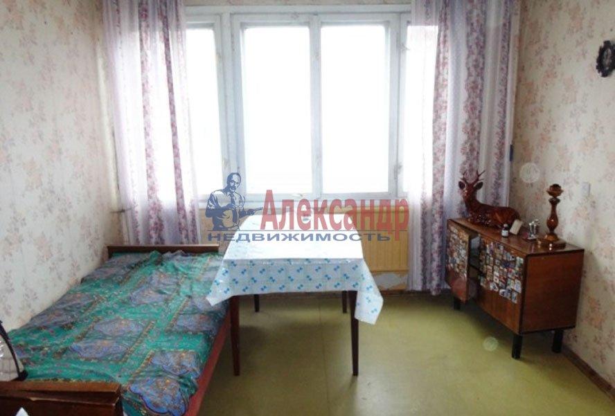 1-комнатная квартира (33м2) в аренду по адресу Художников пр., 24— фото 2 из 4