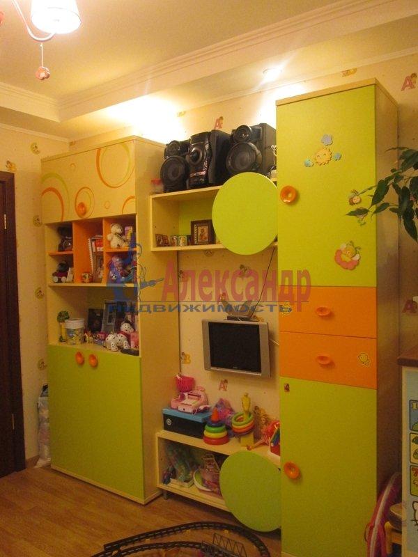 1-комнатная квартира (43м2) в аренду по адресу Маршала Новикова ул., 21— фото 1 из 2
