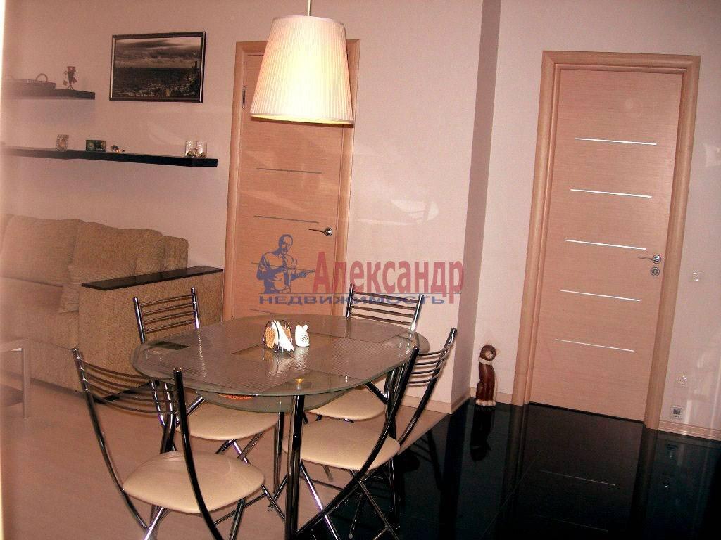 2-комнатная квартира (65м2) в аренду по адресу Дегтярный пер., 8— фото 1 из 8
