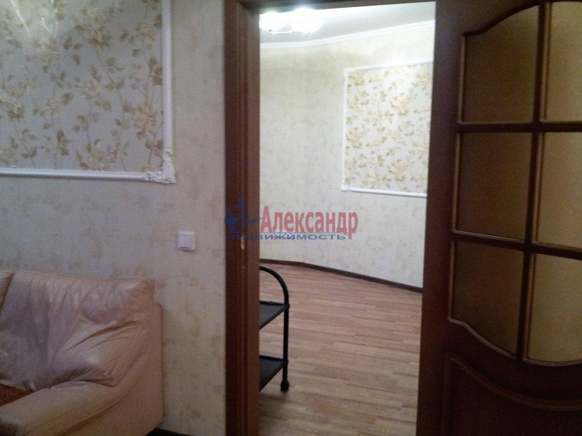2-комнатная квартира (46м2) в аренду по адресу Шелгунова ул., 7— фото 6 из 16