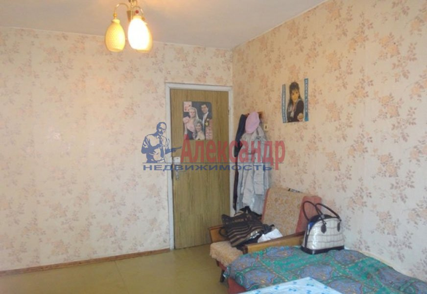 1-комнатная квартира (33м2) в аренду по адресу Художников пр., 24— фото 3 из 4