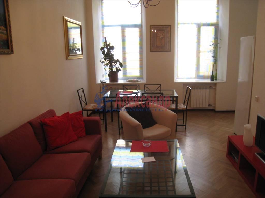3-комнатная квартира (120м2) в аренду по адресу Малая Морская ул., 6— фото 1 из 4