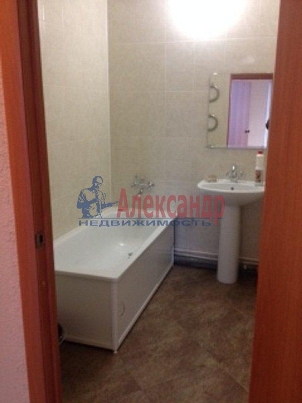 3-комнатная квартира (72м2) в аренду по адресу Сестрорецк г., Всеволода Боброва ул., 31— фото 6 из 6