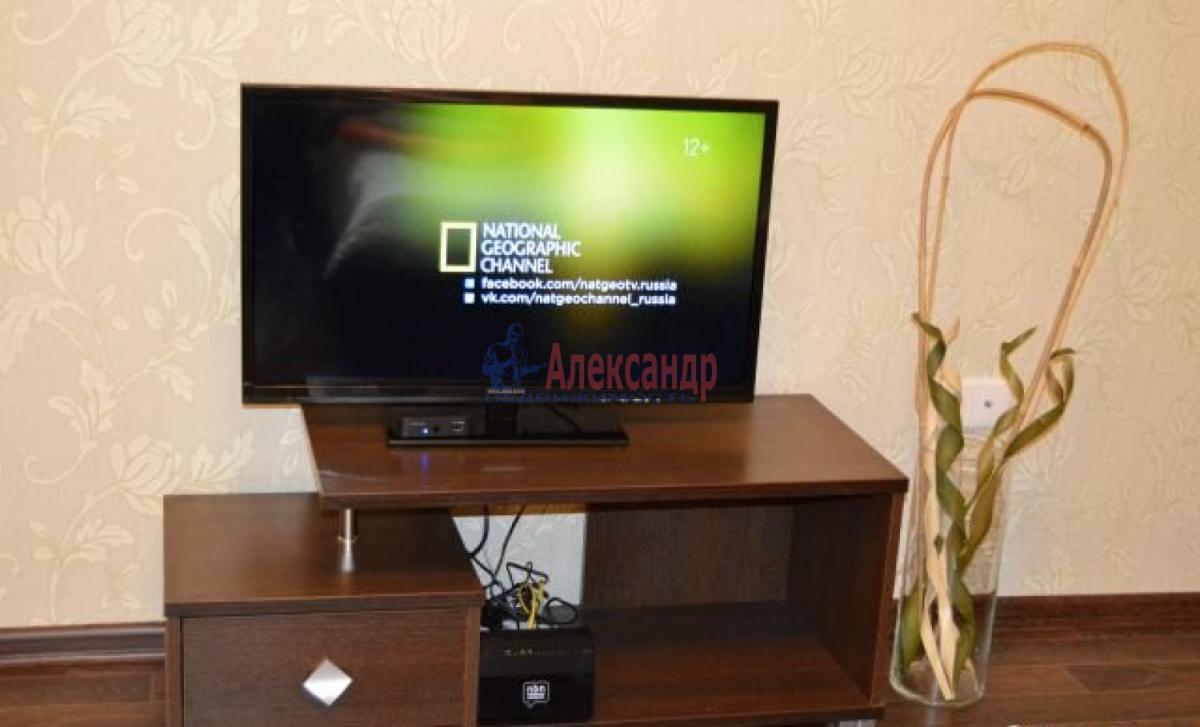 1-комнатная квартира (46м2) в аренду по адресу Шелгунова ул., 9— фото 6 из 6