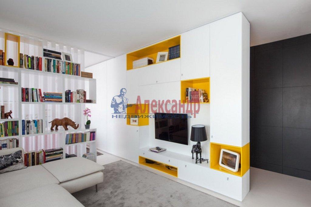 2-комнатная квартира (85м2) в аренду по адресу Рубинштейна ул., 17— фото 2 из 6