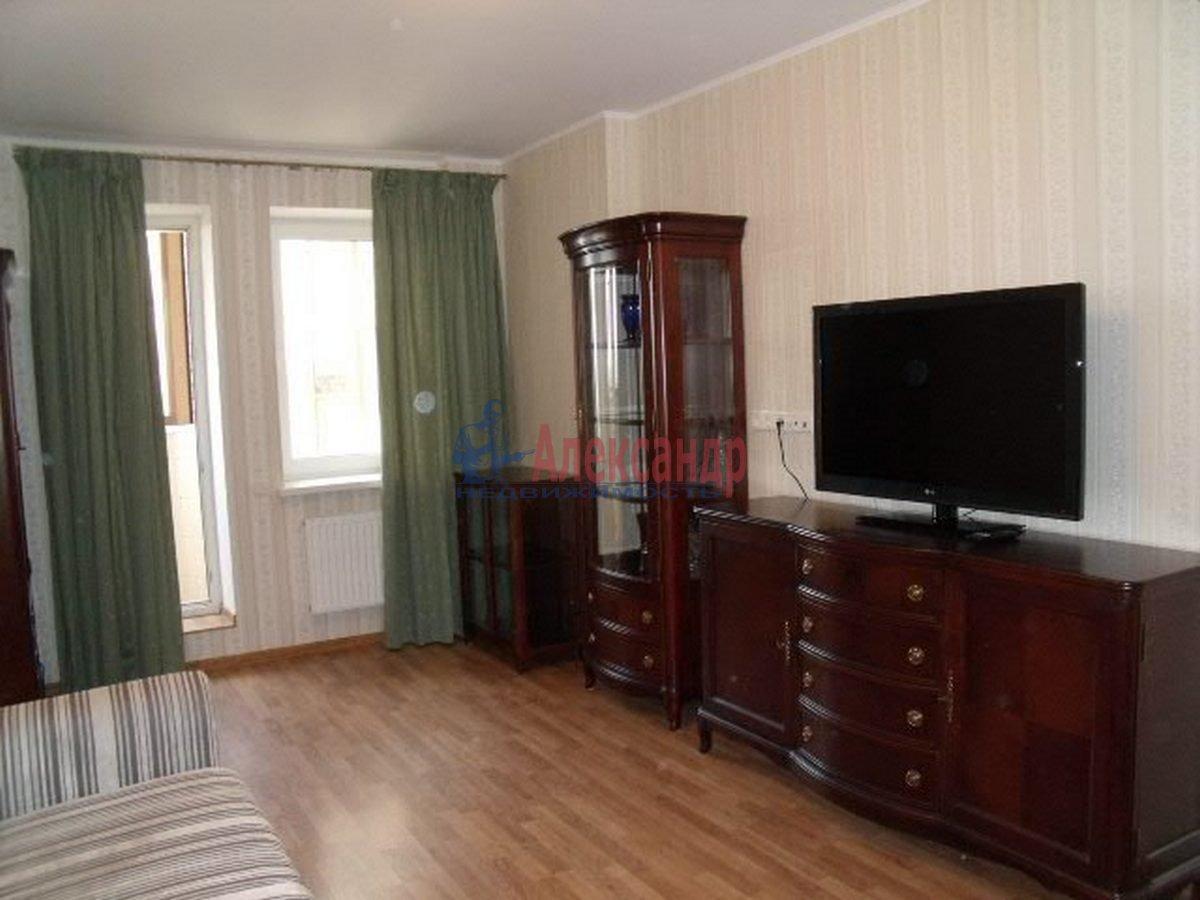 3-комнатная квартира (96м2) в аренду по адресу Бутлерова ул., 40— фото 7 из 11
