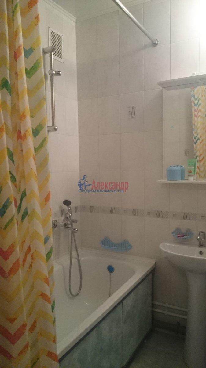 Комната в 2-комнатной квартире (67м2) в аренду по адресу Науки пр., 17— фото 3 из 3