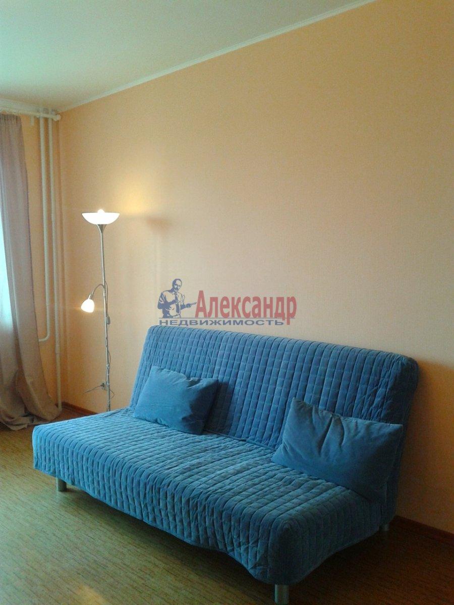 1-комнатная квартира (45м2) в аренду по адресу Белы Куна ул., 1— фото 1 из 13