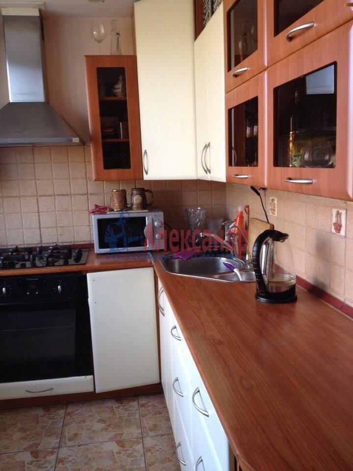 1-комнатная квартира (38м2) в аренду по адресу Адмирала Черокова ул., 18— фото 2 из 3