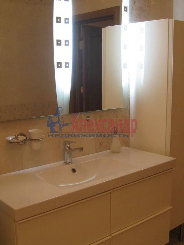 3-комнатная квартира (114м2) в аренду по адресу Парадная ул., 3— фото 10 из 12