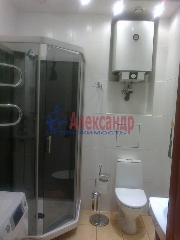 4-комнатная квартира (143м2) в аренду по адресу Верейская ул., 30— фото 7 из 12