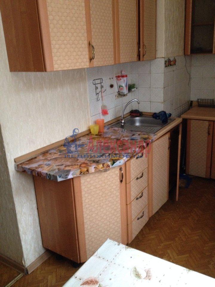 3-комнатная квартира (69м2) в аренду по адресу Подвойского ул., 17— фото 2 из 11