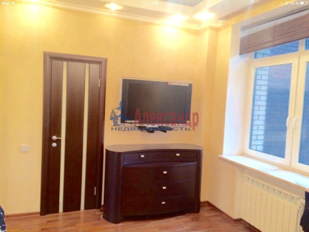4-комнатная квартира (130м2) в аренду по адресу Бассейная ул., 10— фото 8 из 17