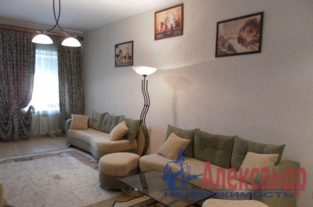 2-комнатная квартира (50м2) в аренду по адресу Мытнинская наб., 7— фото 1 из 3