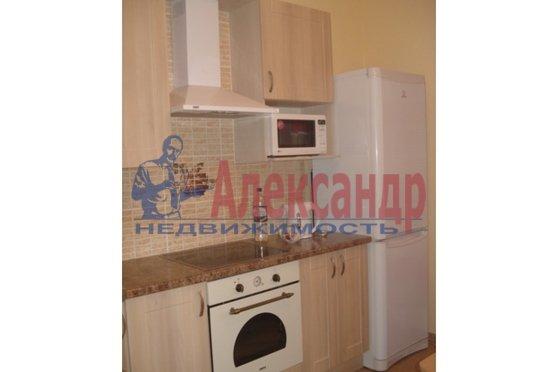 1-комнатная квартира (43м2) в аренду по адресу Сикейроса ул., 11— фото 2 из 5