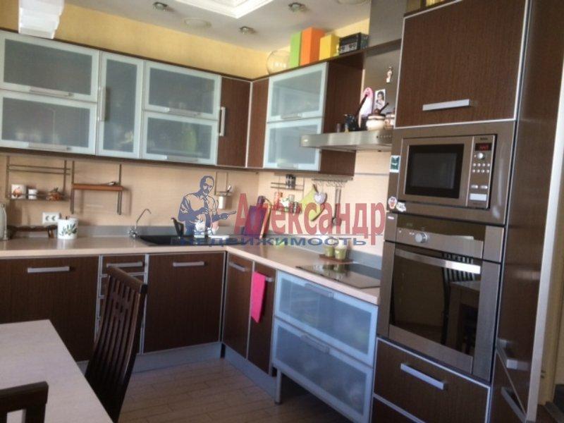 3-комнатная квартира (79м2) в аренду по адресу Боткинская ул., 15— фото 9 из 10