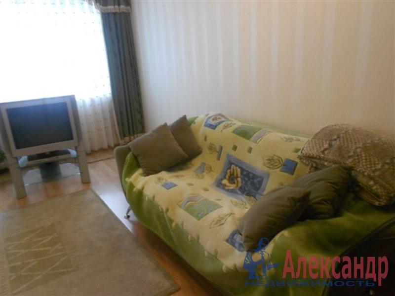 1-комнатная квартира (35м2) в аренду по адресу Белышева ул., 8— фото 1 из 2