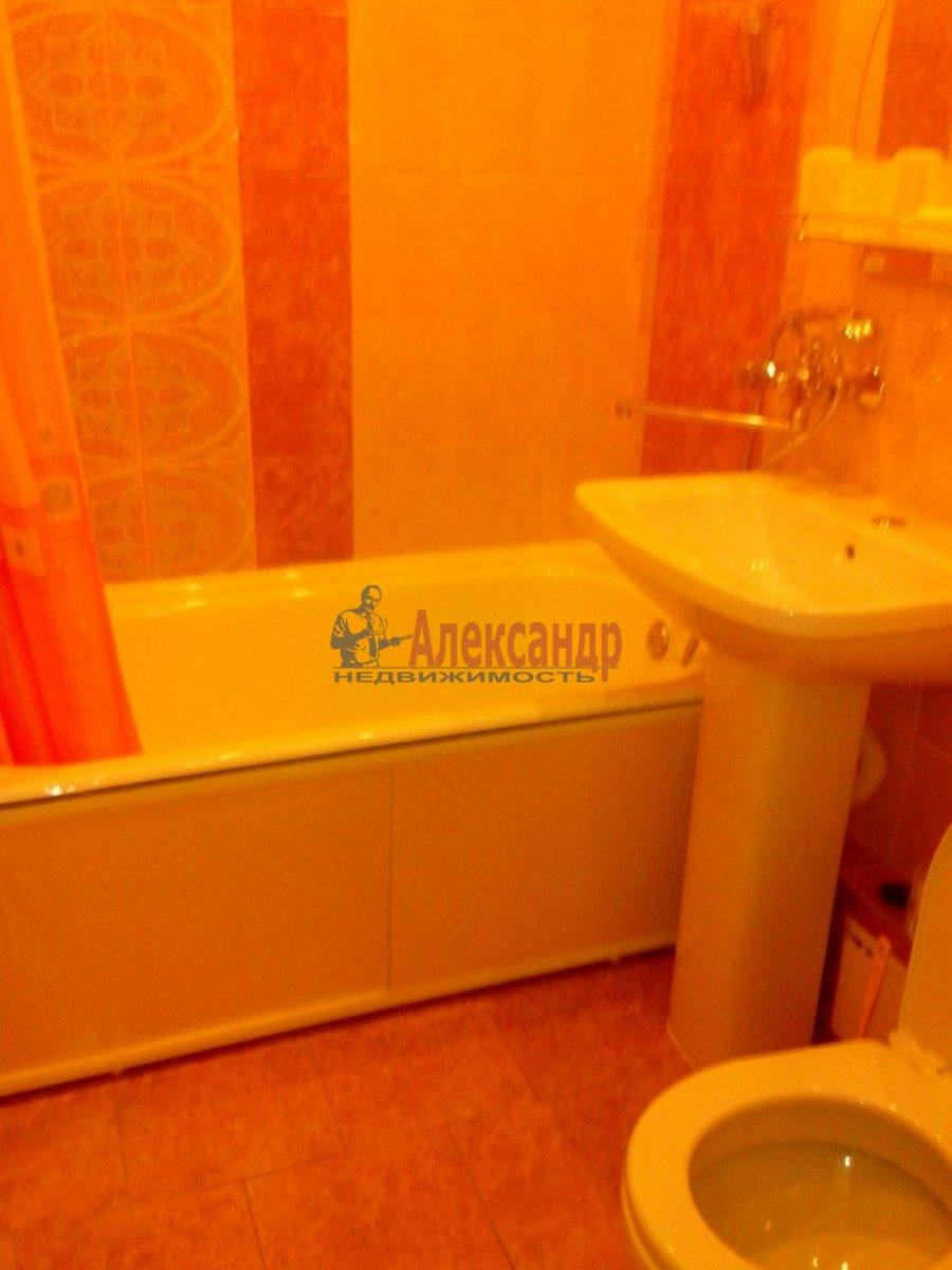 2-комнатная квартира (48м2) в аренду по адресу Мечникова пр., 23— фото 3 из 3