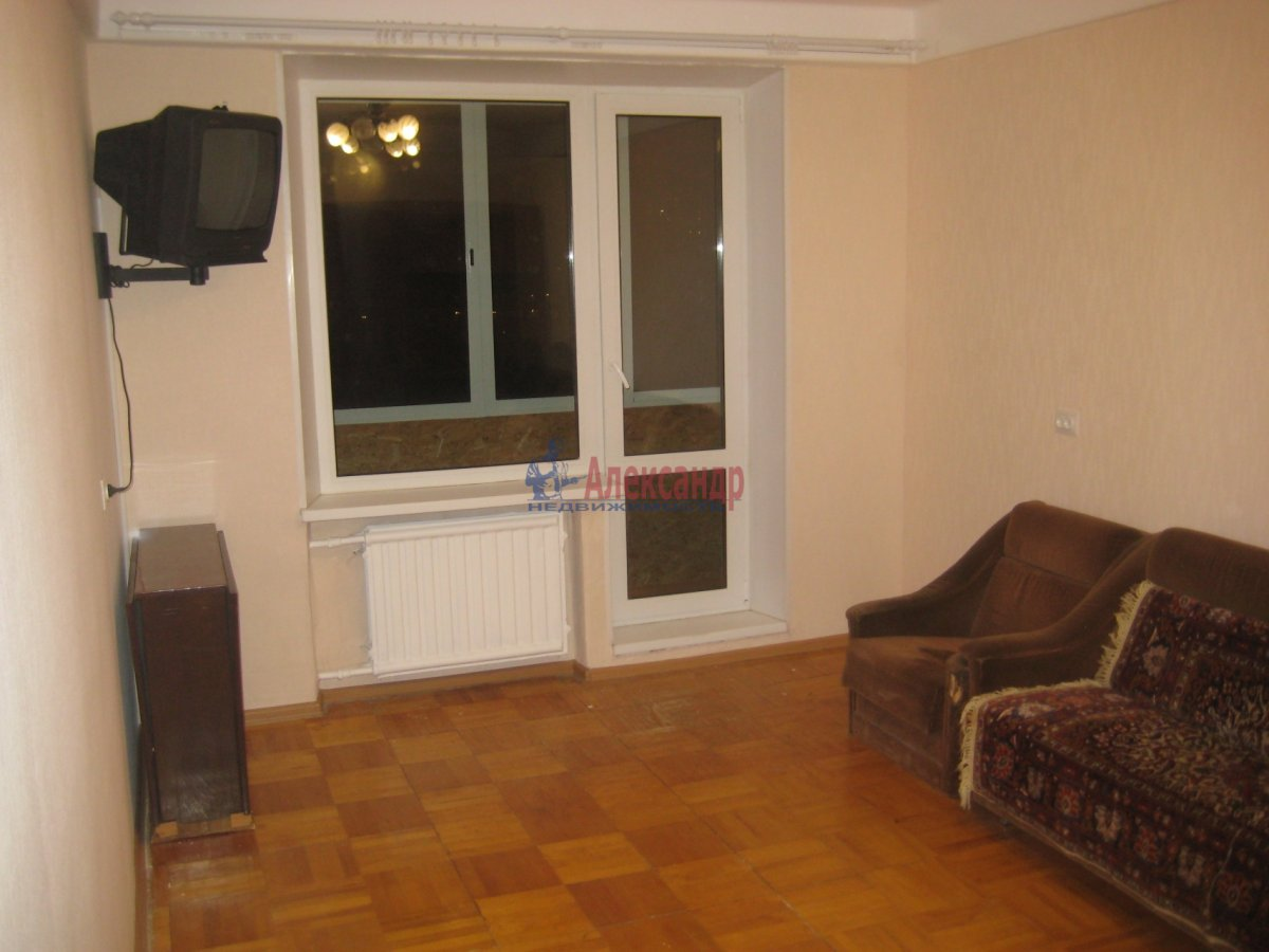 3-комнатная квартира (65м2) в аренду по адресу Яхтенная ул., 31— фото 5 из 24