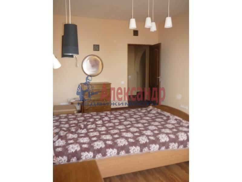 3-комнатная квартира (110м2) в аренду по адресу Савушкина ул.— фото 6 из 6