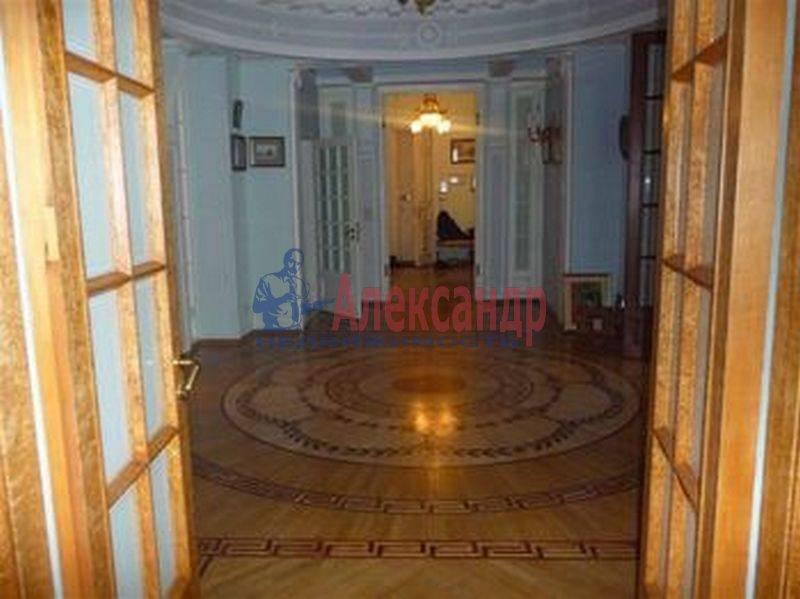 7-комнатная квартира (380м2) в аренду по адресу Каменноостровский пр., 75— фото 5 из 8