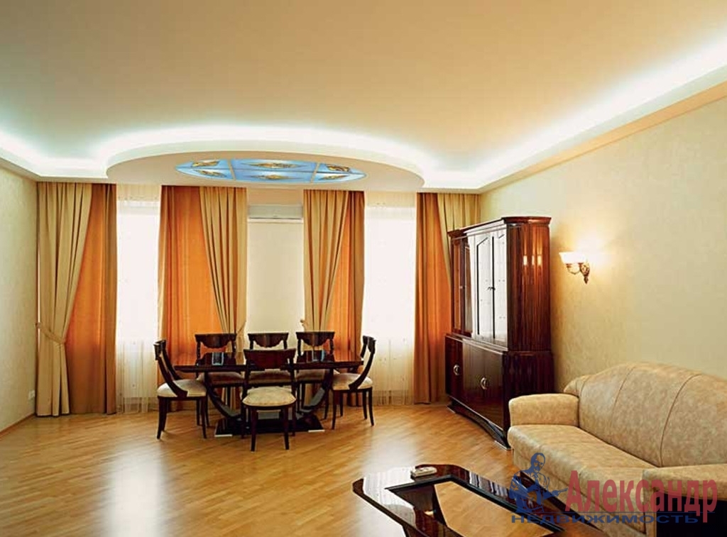 3-комнатная квартира (129м2) в аренду по адресу Канала Грибоедова наб., 96— фото 1 из 3