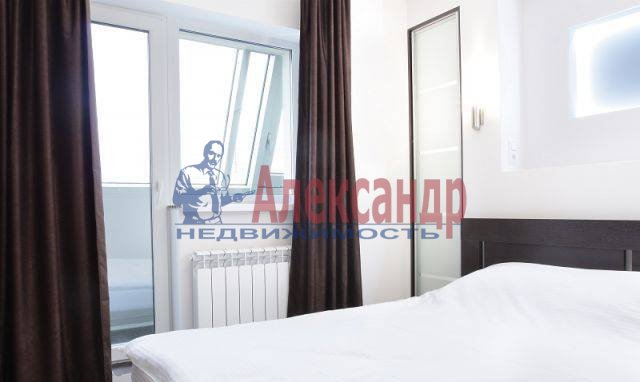 2-комнатная квартира (60м2) в аренду по адресу Комсомола ул., 14— фото 7 из 8