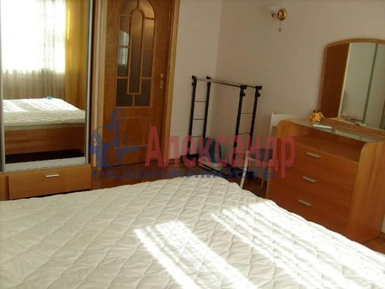 2-комнатная квартира (48м2) в аренду по адресу Куйбышева ул.— фото 4 из 6
