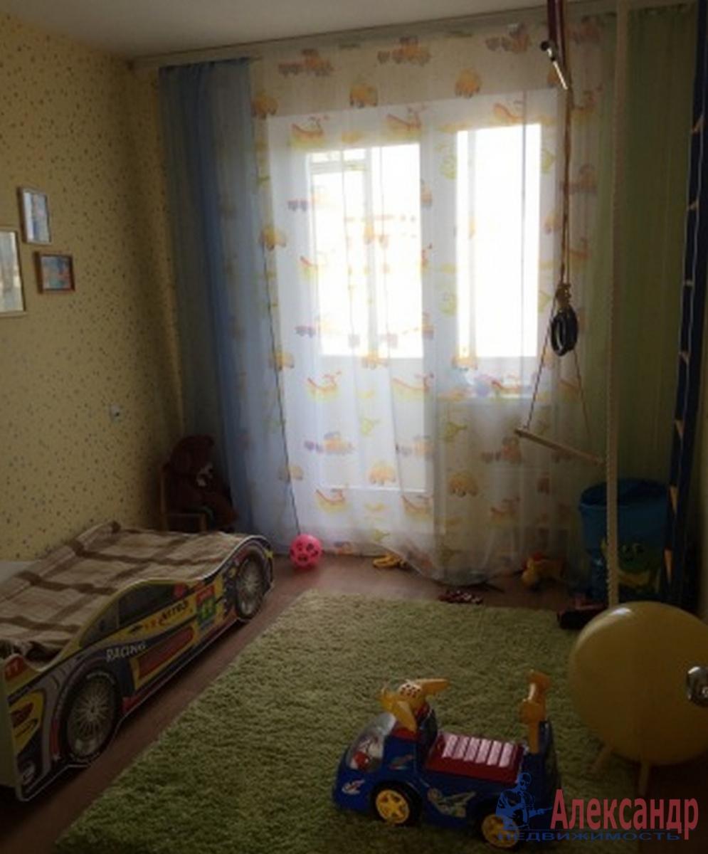 3-комнатная квартира (42м2) в аренду по адресу Богатырский пр., 53— фото 1 из 6