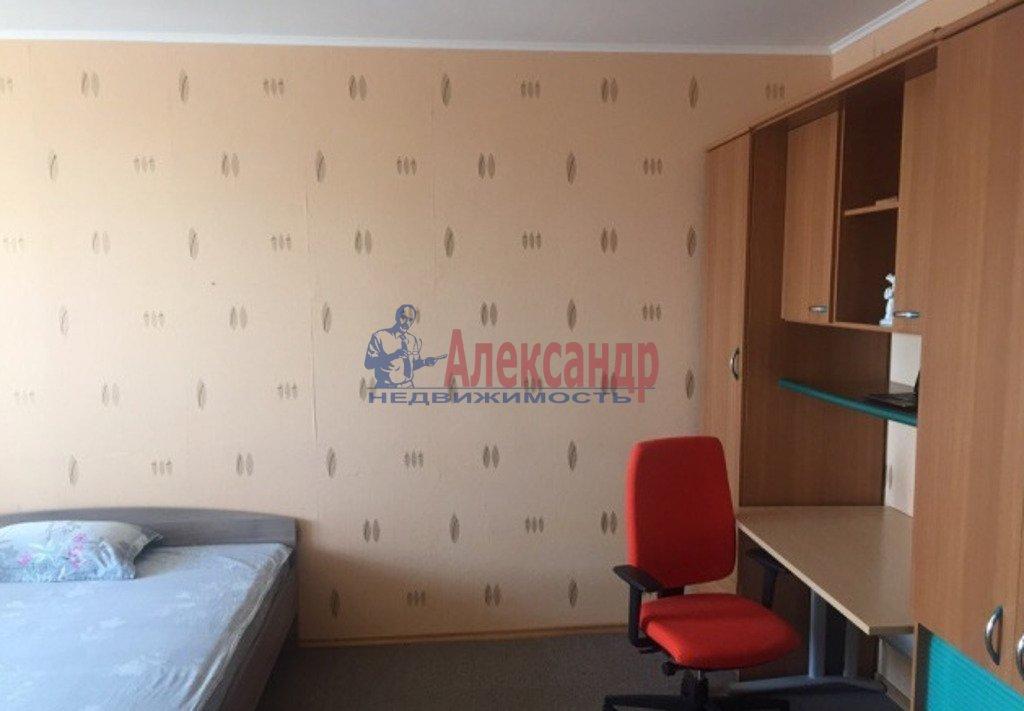 3-комнатная квартира (70м2) в аренду по адресу 3 линия В.О., 52— фото 3 из 4