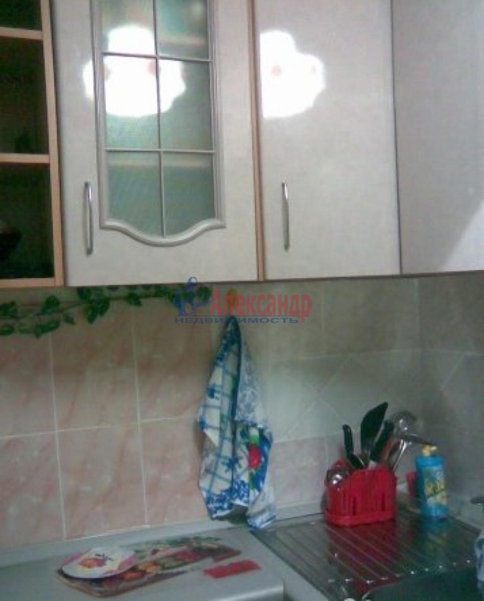 1-комнатная квартира (36м2) в аренду по адресу Лени Голикова ул., 50— фото 1 из 3