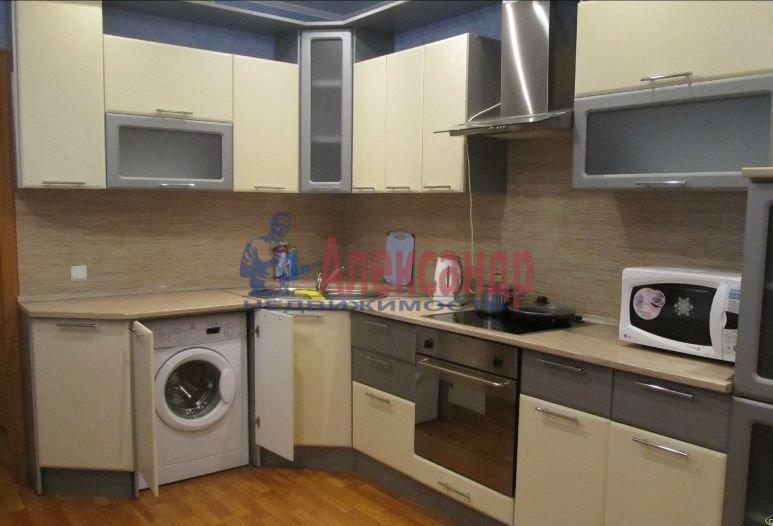 1-комнатная квартира (45м2) в аренду по адресу Новаторов бул., 67— фото 4 из 6