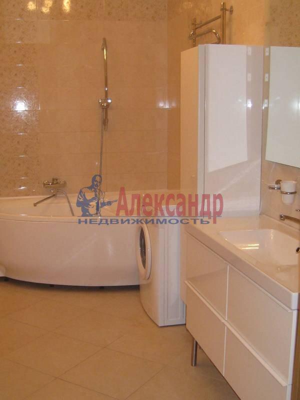 3-комнатная квартира (114м2) в аренду по адресу Парадная ул., 3— фото 7 из 12