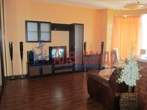 2-комнатная квартира (57м2) в аренду по адресу Композиторов ул., 31— фото 4 из 7