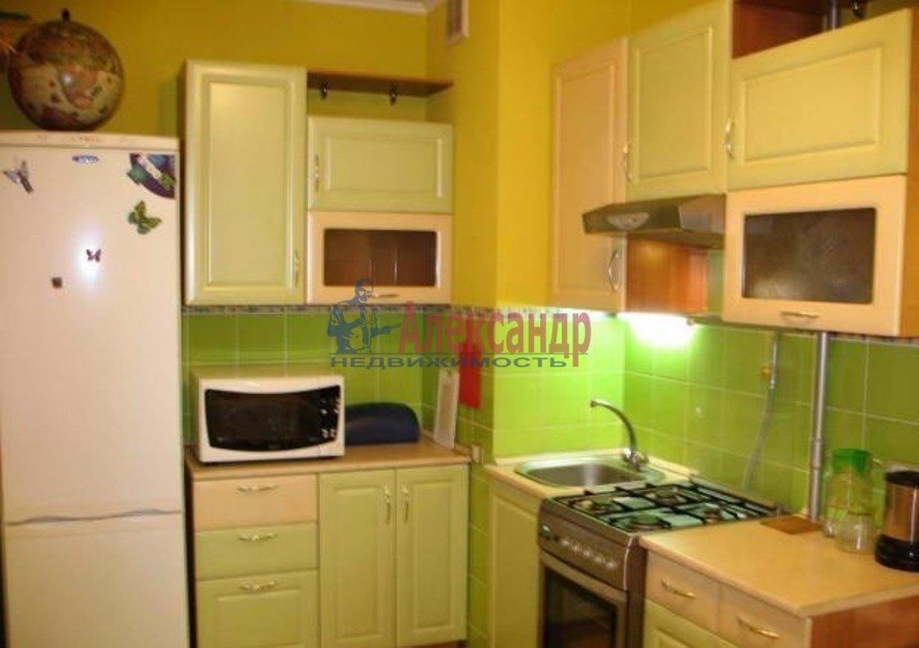 1-комнатная квартира (42м2) в аренду по адресу Русановская ул., 9— фото 2 из 4