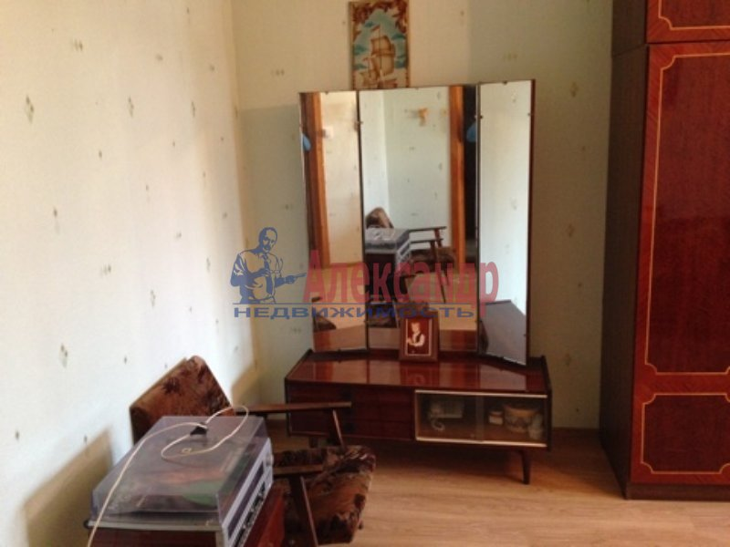 1-комнатная квартира (35м2) в аренду по адресу Русановская ул., 11— фото 3 из 3