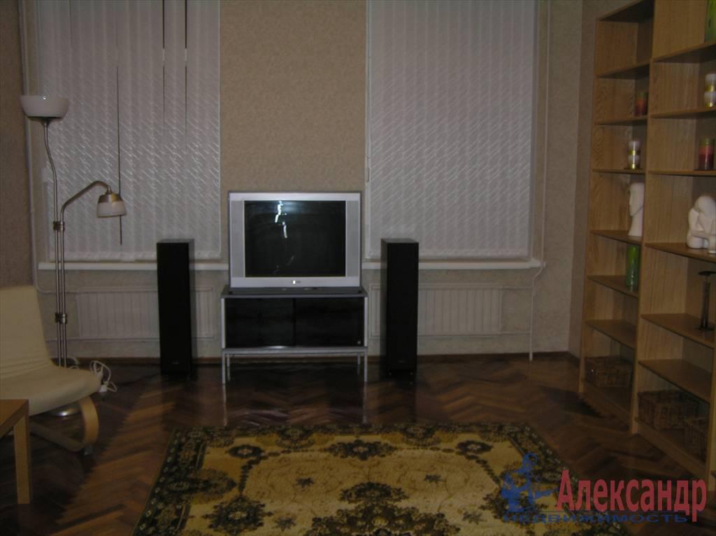 3-комнатная квартира (80м2) в аренду по адресу Чайковского ул., 50— фото 3 из 7