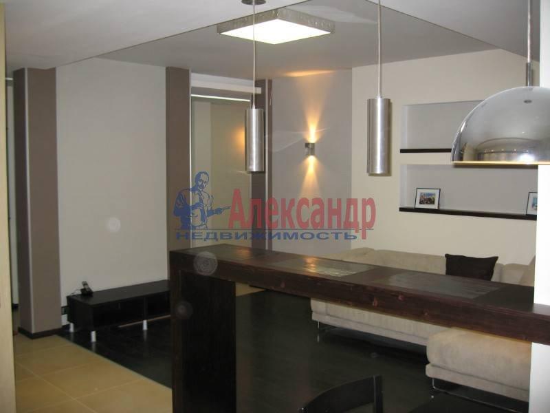 3-комнатная квартира (90м2) в аренду по адресу Бассейная ул., 73— фото 1 из 13