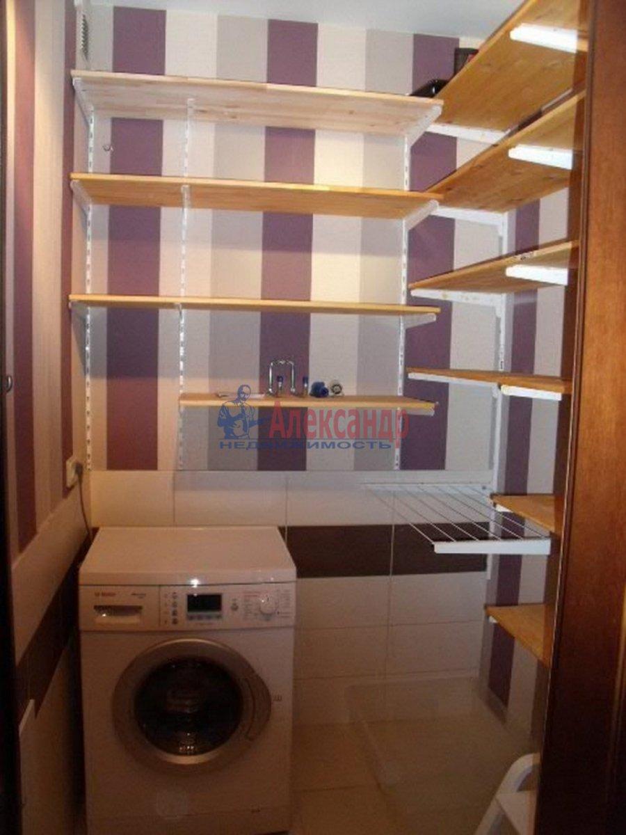 3-комнатная квартира (96м2) в аренду по адресу Бутлерова ул., 40— фото 11 из 11