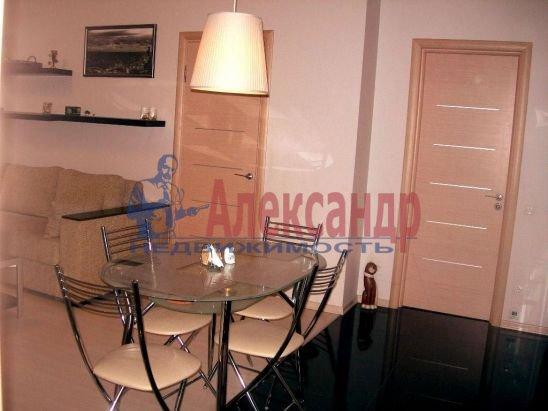 2-комнатная квартира (98м2) в аренду по адресу Дегтярный пер., 8— фото 1 из 8