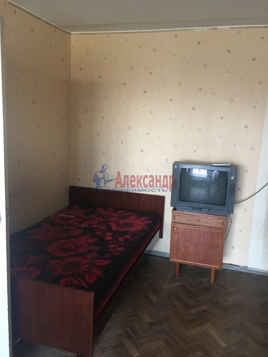 1-комнатная квартира (38м2) в аренду по адресу Турку ул., 18— фото 5 из 12